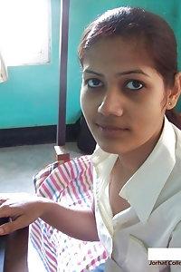 Horny Indian Girl Suhasini Posing Hot