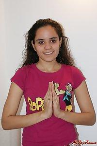Jasmine Nude Indian College XXX Photos