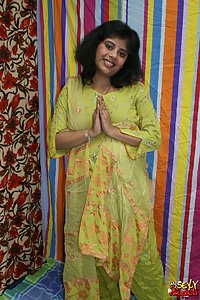 Young Sexy Rupali Bhabhi Shalwar Kameez Porn