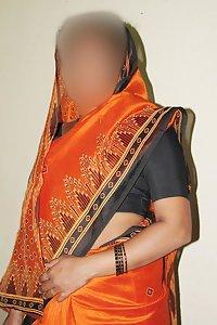 Indian Housewife Shamina Orange Saree Naked