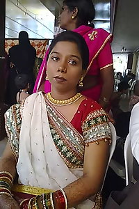 Hot Indian Dusky Aunty Asset Show