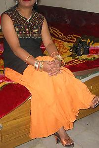 Punjabi Housewife Imrana Naked With Husband