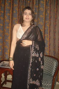 Lusty Indian Bhabhi Razia Saree Stripping Nude