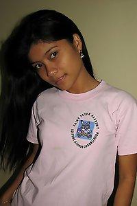 Cute Indian Teen Rashmi Sexy Poses