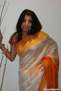 Indian Babe Kavya Sharma Banarsi Sari Nude Pics