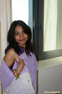 Indian Babe Sari Secret Porn Photos