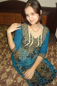 Pregnant Indian Wife Sonia Naked