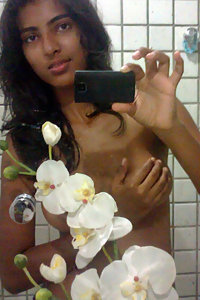 Indian Girl Shower Capturing Her Naked Pics